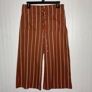 Lumiere Striped Wide Leg Cropped Pants M